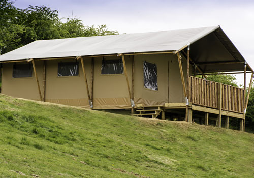 Skylark Safari Tent & Glamping holidays in Leicestershire. Hidden Hideaway Farm Safari Tents